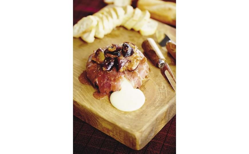 Petit péché camembert, figues, jambon cru du Mont Lyonnais